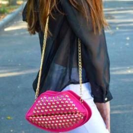 Geanta Lips Pink