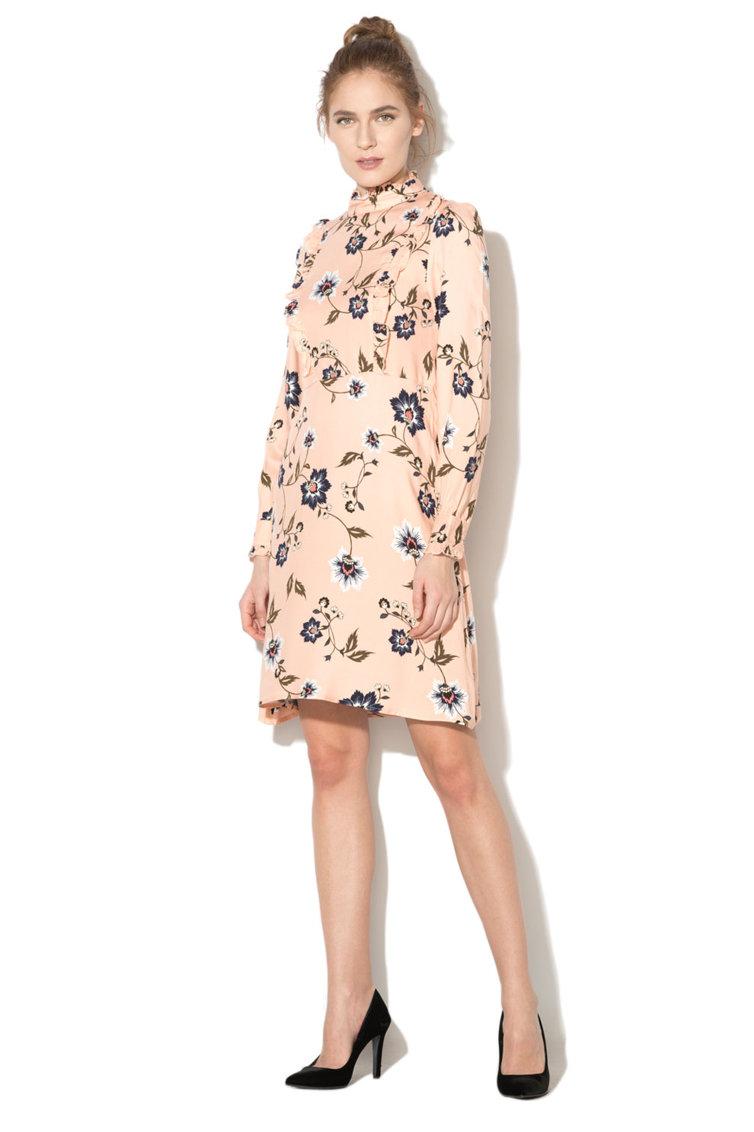 Rochie cu maneci lungi si croiala in A Vero Moda