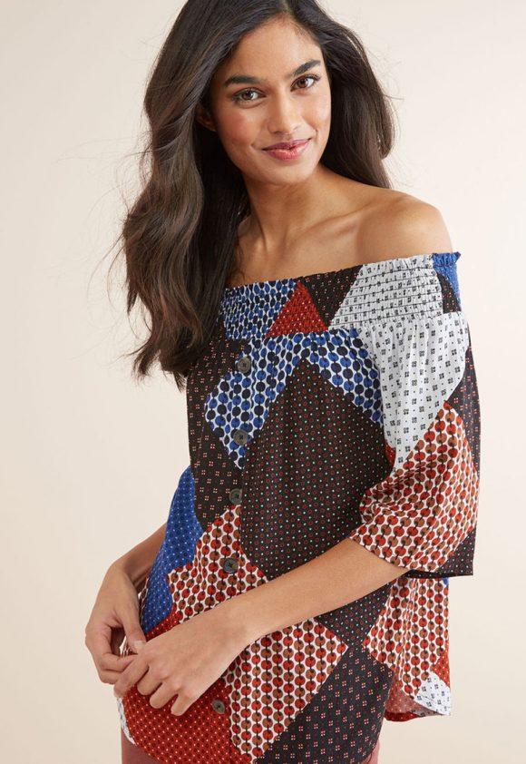 Bluza cu decolteu pe umeri si imprimeuri diverse-bluze-NEXT